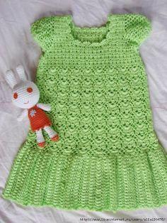 Uncinetto d'oro: Bellissimo abito verde!!!(per bimbi)