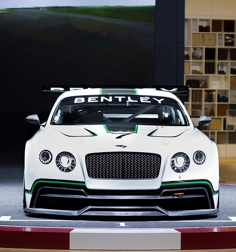 Bentley Continental Gt3 R: Bentley Continental GT3