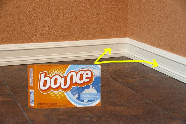 Keep your baseboards clean with dryer sheets.