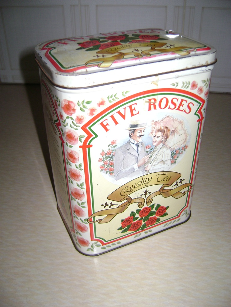 Fives Roses Quality Tea vintage tea tin, artwork of smiling man and woman and roses
