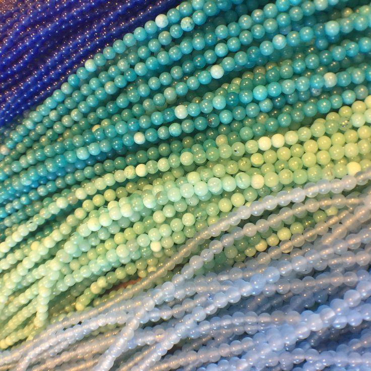 Green And Blue Stone Beads. 💚💙 Zielone i niebieskie koraliki z kamienia.