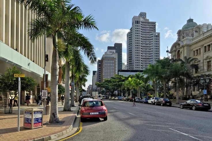 Acutt St / Smith St, used to work in Acutt St, Durban city hall on right