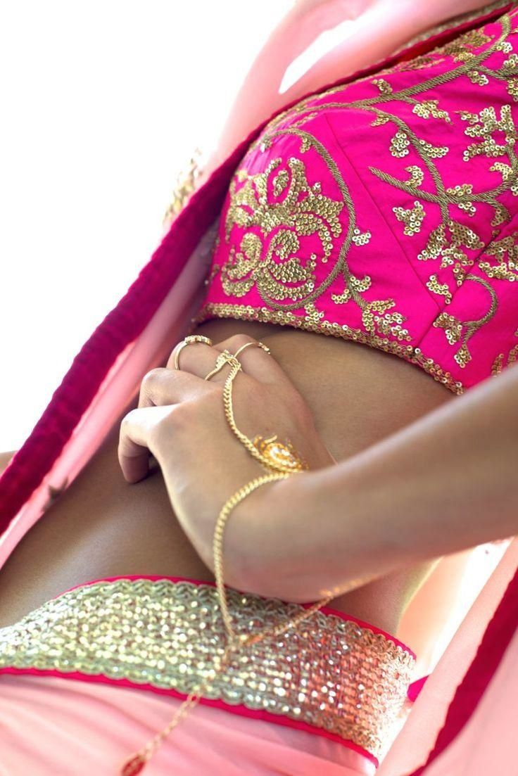Nikasha, Bridal Wear in Delhi NCR. View latest photos, read reviews and book online.