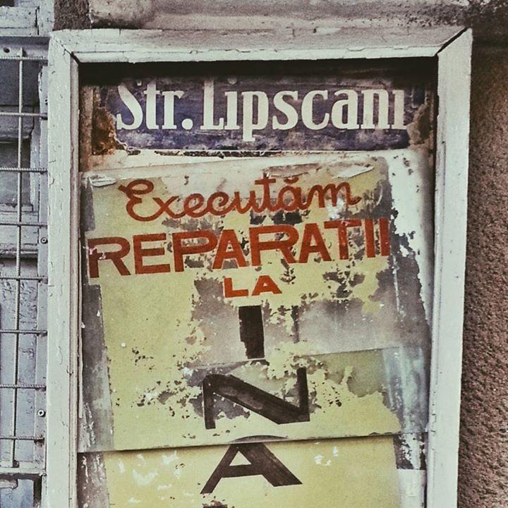Bucuresti Realist Anii '60-'70 trăiesc încă pe strada Lipscani! Priviți ce siglă vintage am găsit smile emoticon  Source: Bucuresti Realist. Toate drepturile rezervate. Unlike · Comment · Share · 8 hrs · Edited