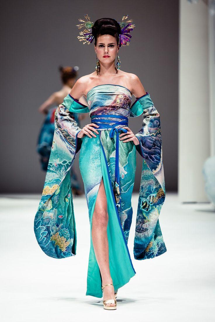 60 best ART OF THE DRESS images on Pinterest   John galliano ...