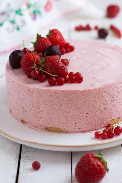 Chic, chic, chocolat...: Gâteau mousse de fraises {recette simple et sans c...
