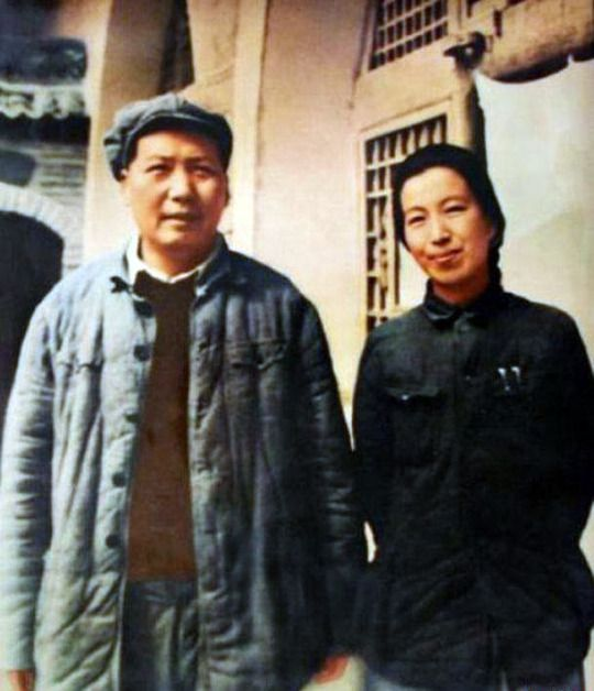 Mao Zedong and Jiang Qing, 1946