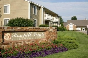 CBRE Group Inc. has announced the sale of the 498-unit Rosehill Pointe Apartments in Lenexa.