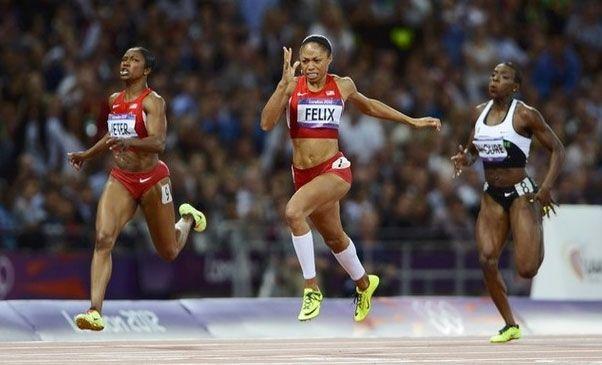 JO de Londres 2012/Finale athlétisme : Allyson Felix des États-Unis remporte la finale des 200m dames. - Abidjan.net Photos