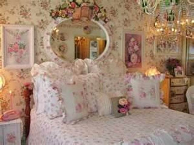 Shabby Chic Bedroom Flowers Above Mirror