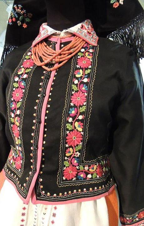 Ukrainian embroidery, Украинская вышивка, Українська вишивка. Комплекс жіночого вбрання, Галичина, Україна