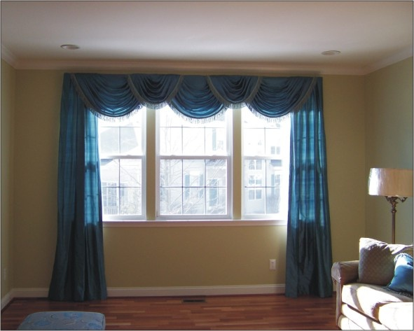 Best 25 picture window treatments ideas on pinterest for Bedroom bay window treatments