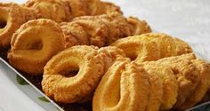 Le paste di meliga sono un biscotto frollino tipico della zona del cuneese. Sono dolci a base di farina di frumento, farina di mais (melia o meliga in dialetto), burro, zucchero, miele, uova, lievito, scorza di limone.