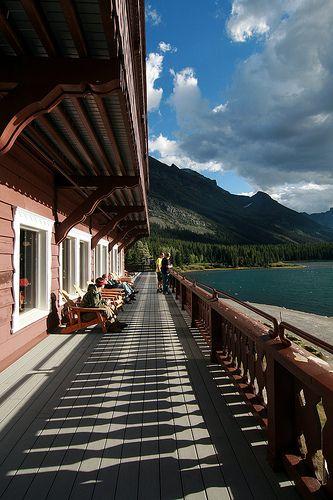 many glacier hotel | Simply Smiley: [2010 Glacier NP] Many Glacier Hotel