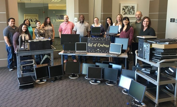 #TBT The KB Home #Phoenix team and NAPA donate old technology to non-profit AZStRUT which refurbishes old equipment so it can be donated to Arizona schools and charities. #60ActsOfKindess #KBCares