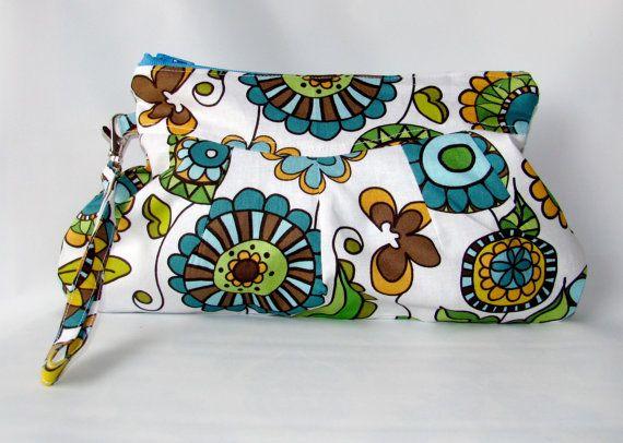 Handbag Clutch with Wristlet Strap Lolas Posies in by MintChocolat