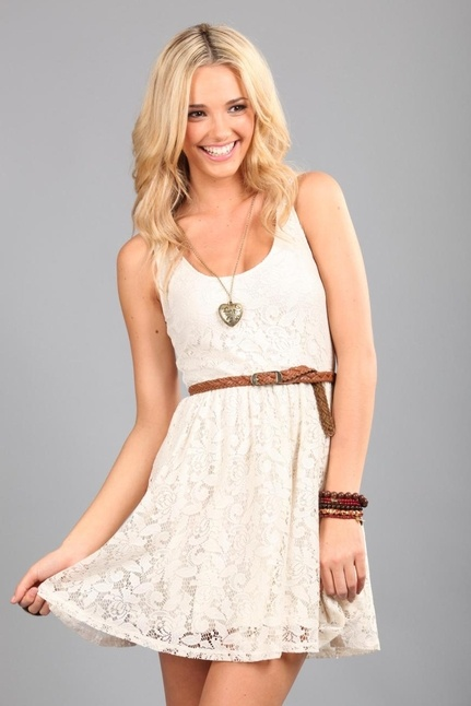 want!Summer Dresses, Spring Dresses, Cowboy Boots, Jeans Jackets, Country Dresses, White Lace Dresses, Brown Boots, The Dresses, Belts