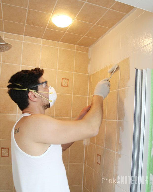 Painting the bathroom tiles with Rustoleum Tile Transformations. Much cheaper than White Knight. - Ideas About Paint Bathroom Tiles On Pinterest Painting