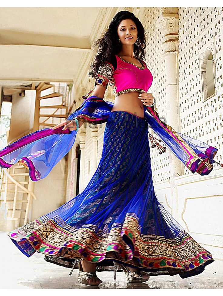 Maaponi Style Republic is one of the pioneer name for Designer #Lehengas Online Shopping located in Kerala. All the products come with multistage quality check to ensure that you receive a damage free product. http://www.maaponi.com/aphrodite-s-studio-designer-wear-92/lehenga-102