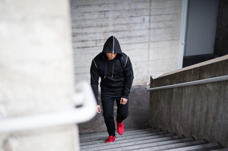 Creative Recreation ALISO Over The Head Zip Thru Hood & CESARIO LO XVI in Red Linear Sport