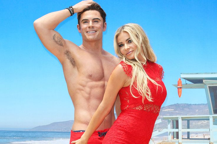 "Carmen Electra and Zac Efron are too hot to be real Sitemize ""Carmen Electra and Zac Efron are too hot to be real"" konusu eklenmiştir. Detaylar için ziyaret ediniz. http://www.xjs.us/carmen-electra-and-zac-efron-are-too-hot-to-be-real.html"