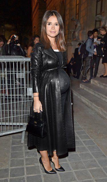 So schön schwanger: Miroslava Duma setzt sich mit Babybauch gewohnt stilecht in Szene | InStyle