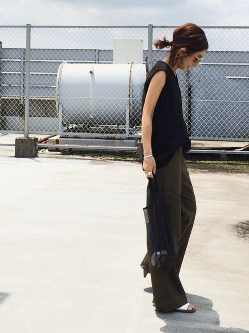 RIM.ARKのタンクトップ「【「貴族探偵」第5話 武井咲さん着用】FRONT DESIGN TOPS」を使ったmayumiのコーディネートです。WEARはモデル・俳優・ショップスタッフなどの着こなしをチェックできるファッションコーディネートサイトです。