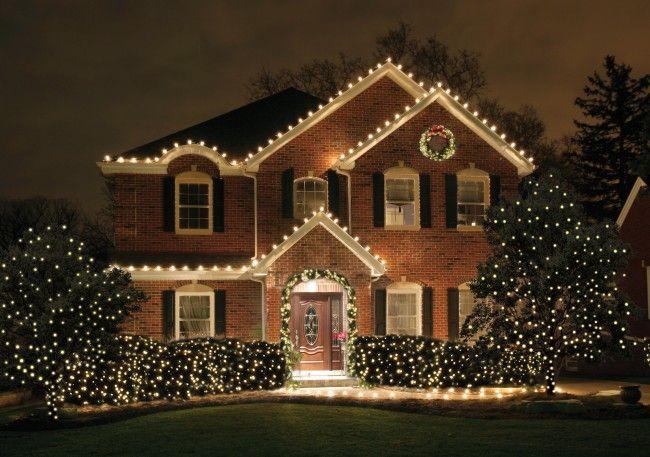 Christmas Lights on Classic House www.586eventgroup.com