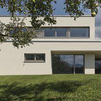 Einfamilienhaus#  Rankweil#  modern Massivbau# L Form moderne Architektur# Flach…