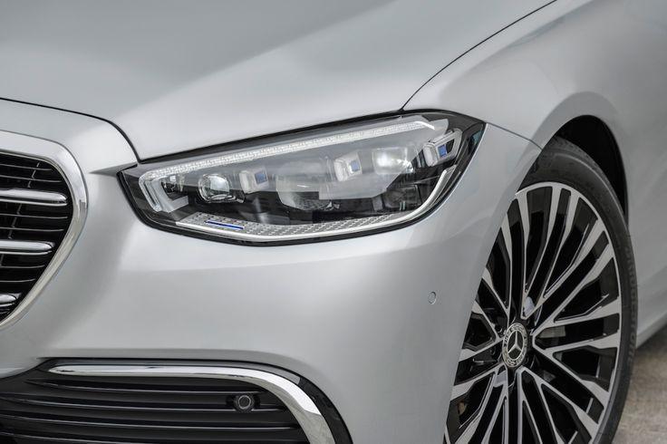 汽車產業標竿再度飛越進化 全新第11 代mercedes Benz S Class W223 全球首發 Yahoo奇摩汽車機車 Car Door Headlamp Vehicles
