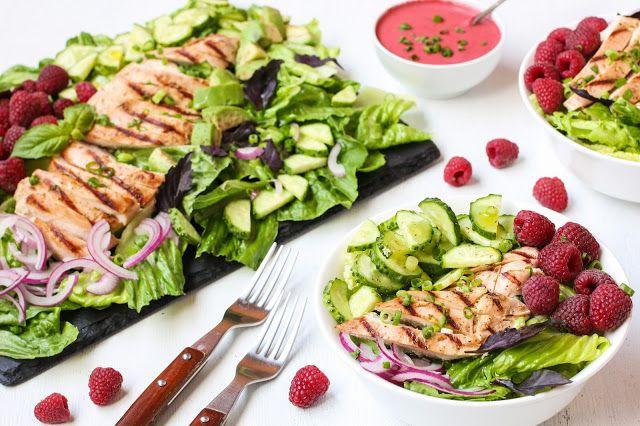 food geek: Салат с малиной и куриной грудкой