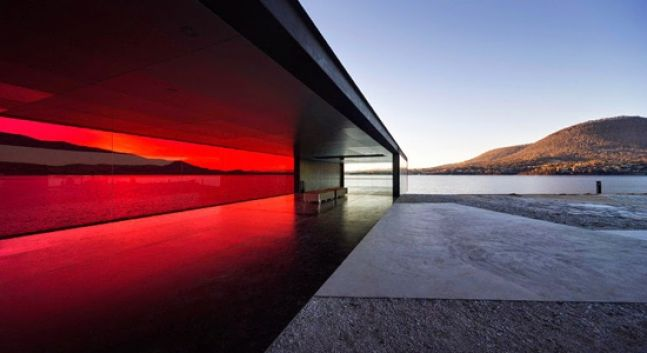 In Tasmania, a sud dell'Australia, esiste un grande parco lineare, il  Glenorchy Arts and Sculpture Park, che funge da padiglione d'osservazione della natura circostante