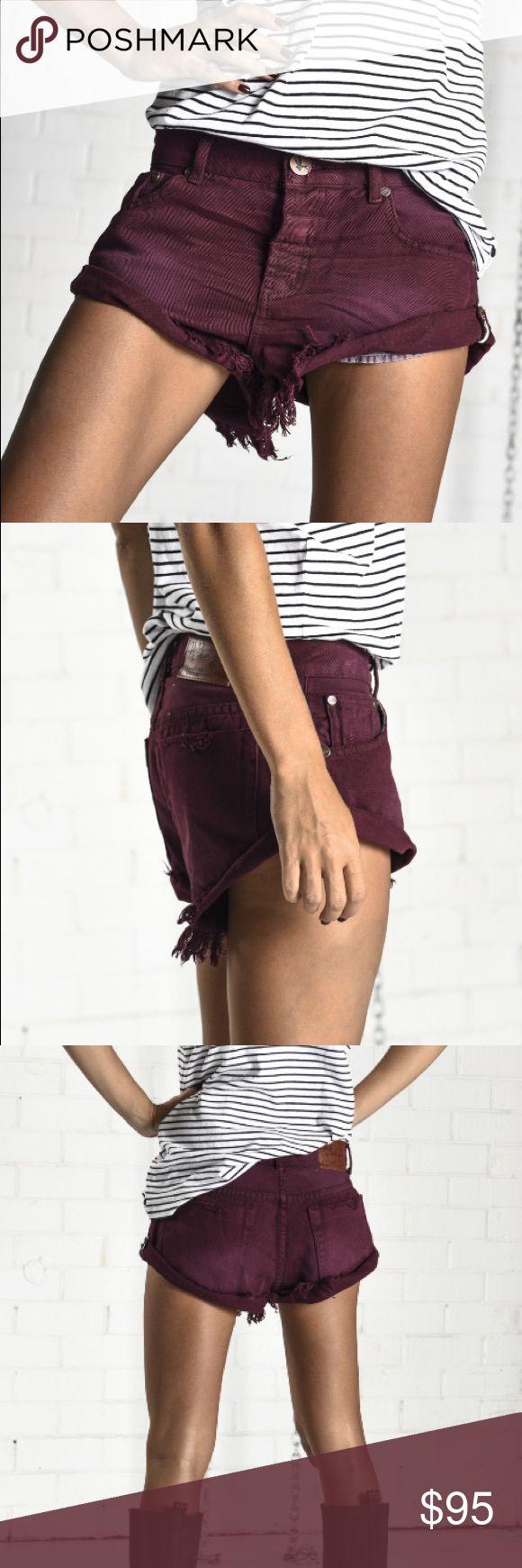 NWT💠 One Teaspoon Bordeaux Bandits Shredded denim One Teaspoon cutoffs with a slouchy, high-cut silhouette. 5-pocket styling. Button fly.  Fabric: Denim. Wash cold.   Measurements Rise: 9.75in / 25cm Inseam: 2in / 5cm One Teaspoon Shorts Jean Shorts