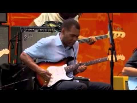 """B.B. King - """"The Thrill Is Gone"""" (LIVE @ Crossroads Guitar Festival)"""