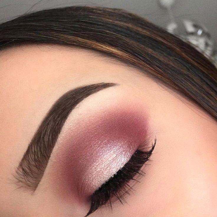 Simple And Cute Eye Makeup Lilianneholifield Gold Eye Makeup