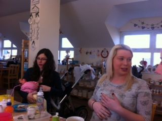 Charlotte & Laura at our cake meet
