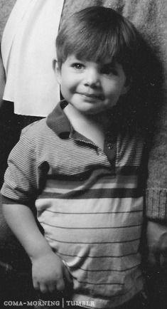 brian-molko-1975-age-3