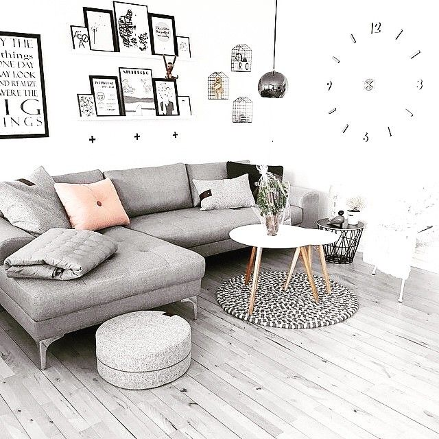 "26 Synes godt om, 5 kommentarer – Sofacompany NL (@sofacompanynl) på Instagram: ""Onze Charlie bij één van onze klanten thuis! #sofacompany #deensdesign"""