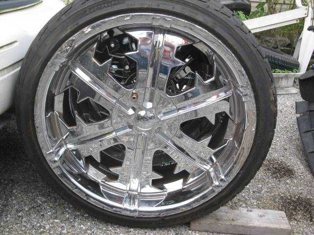 Four 20 22 Chrome Wheels And Tires Triangle Tr968 245 2f35 R20