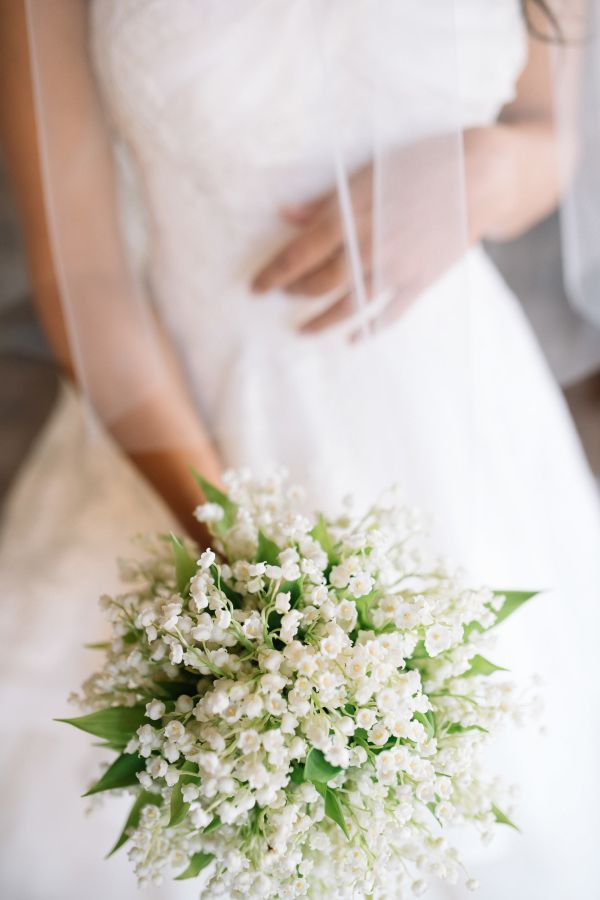 Wedding Wednesday : Flower Focus - Lily of the Valley | Flowerona (Image : Style Me Pretty | Tuscany Flowers | Stefano Santucci)