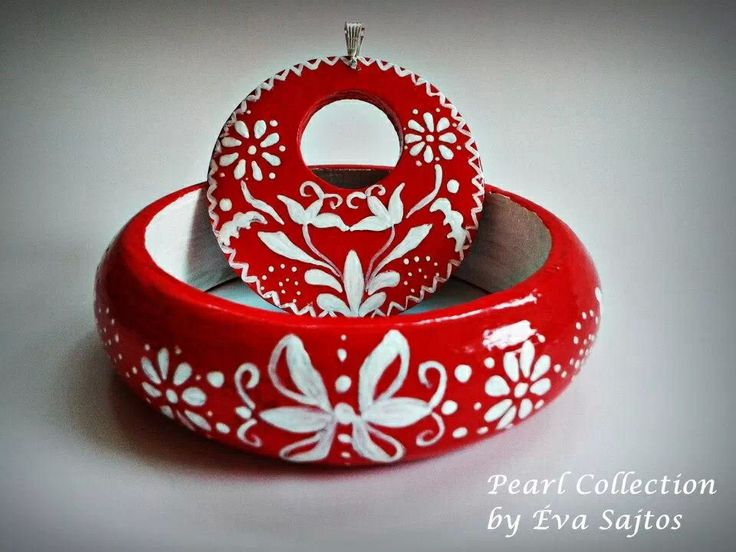 Red kalocsai handmade painted bracklet and medal