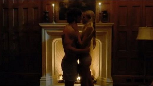 Alex Pettyfer Goes Shirtless in New Trailer for 'Endless Love' – Watch  http://www.hitzoneonline.com/2013/10/21/alex-pettyfer-goes-shirtless-in-new-trailer-for-endless-love-watch/