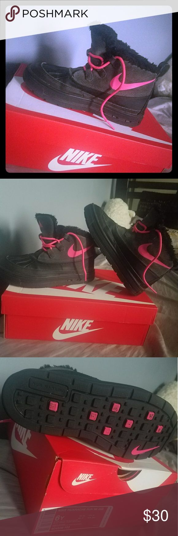NICE nike ACG boots size 4.5y Gently worn pink and black Nike boots Nike ACG Shoes Boots