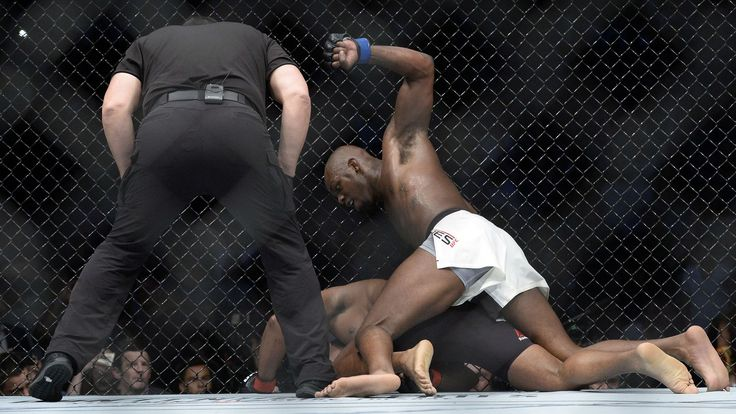 Ultimate Fighting Championship (UFC) Light Heavyweight rivals Jon Jones and Daniel Cormier clashed once again last night (July 29, 2017) at UFC 214 inside Honda Center in Anaheim, California. Jones had a lot to prove last night. His talent and ability in the cage were undeniable, but could... - #Daniel, #Jon, #Jones, #News, #Night, #Results, #UFC