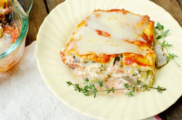 Absolutely the BEST Healthy Vegetarian Lasagna Recipe