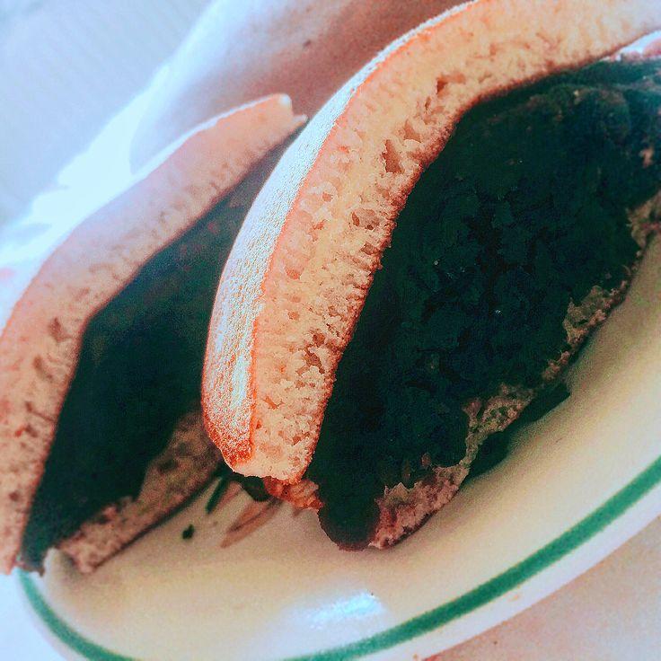 いいね!9件、コメント1件 ― Lưu Thượng Giangさん(@liushangjiang)のInstagramアカウント: 「Mega fluffy Dorayaki :3 Nhân đậu đen không phải đậu đỏ :v #dorayaki #fluffy #cookingwithdog」