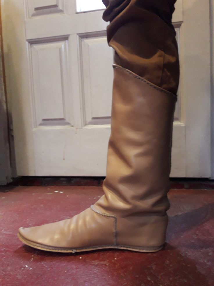 The finished version of the medieval boots with double soles, heel stiffener and re-enforced stitching.