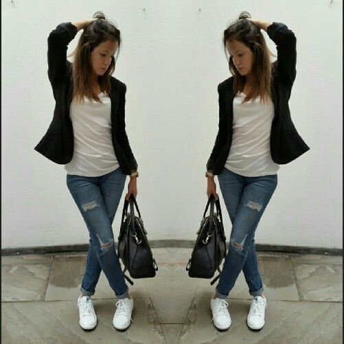 B&W. Black blazer, white sneakers, white shirt