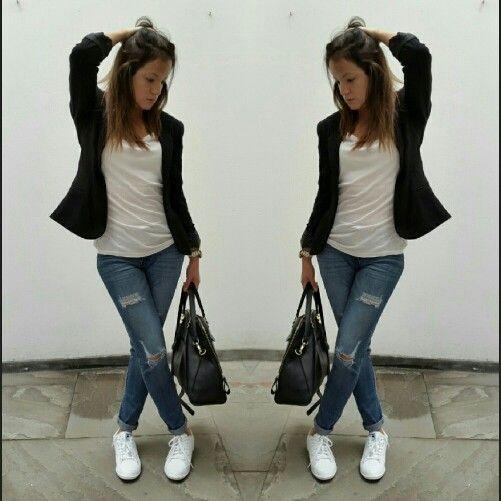 B&W. Black blazer, white sneakers, white shirt