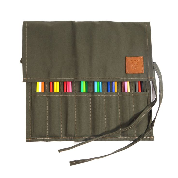 The Berkshire Pencil and Brush Roll is made with 10oz Single Fill Duck Canvas and comes with brushes and pencils